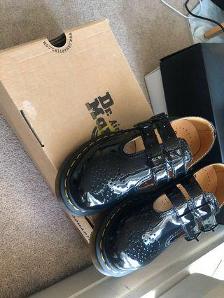 Dr.Martin size 36 brand new with box and tag