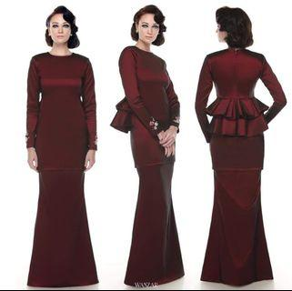 Preloved Wanzar Rekha Kurung Size S