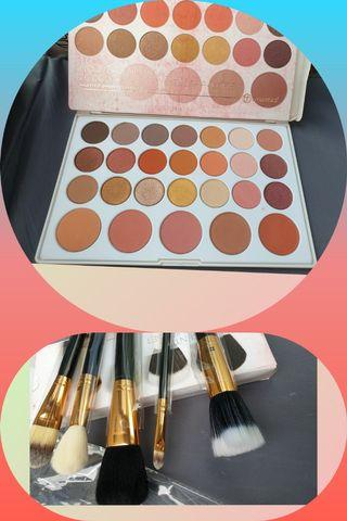 BH Cosmetics  Set of 2 Nouveau Neutral  Eyeshadow and Face Essential Brush Set