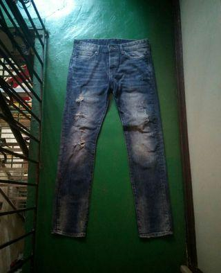 H&M Slim Fit Button Fly Ripped Jeans (30)