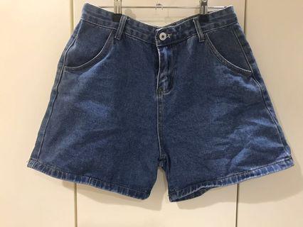 🚚 牛仔高腰短褲