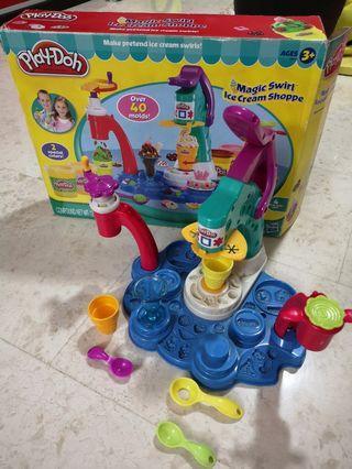 Play-Doh Ice Cream Making Set