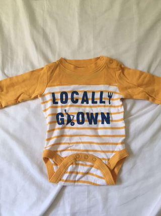 Set of 7 baby clothes