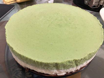 White Chocolate Matcha Mousse Cake