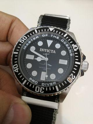 Invicta Master Of the Ocean 200M Diver watch
