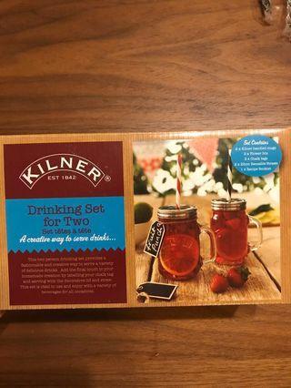 🚚 Kilner Set of Two Mason jar glasses with metal cover and four reusable straws