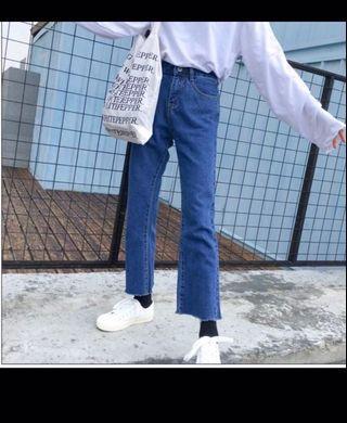 抽鬚直筒牛仔褲