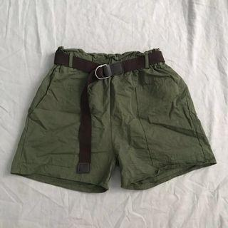 🚚 🉐轉賣全新 短褲 各款式的短t $50/件