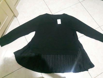Atasan hitam prima hijab outfit