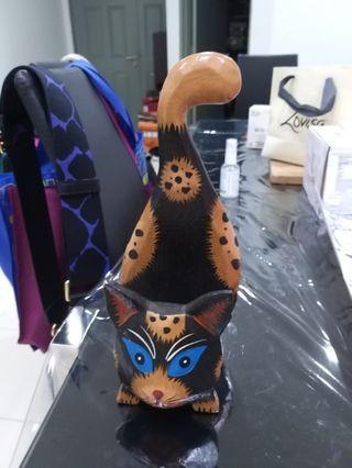 Cat letter holder