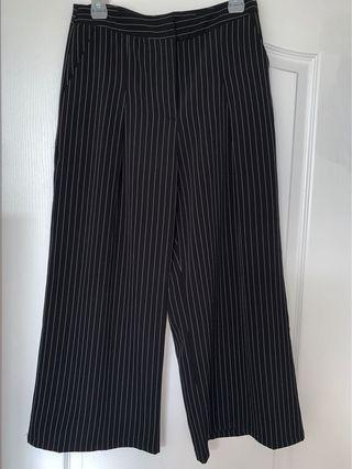 Mendocino Pin Striped Culottes Pants Black & White