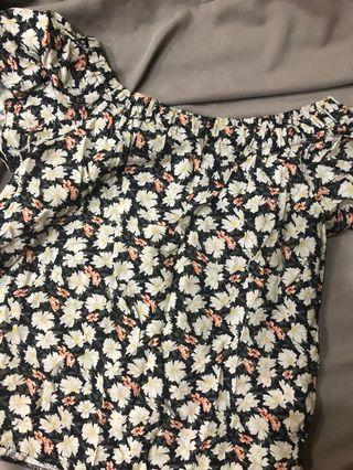 Dorthy Perkins floral top