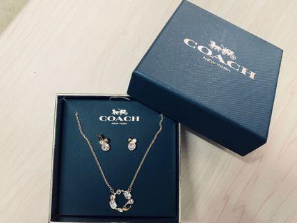Coach Rose gold Necklace & Earrings 新款玫瑰金頸鍊及耳環