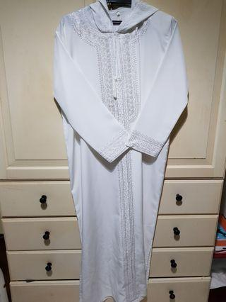 Jubah white with hood from Madinah