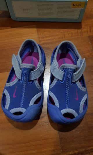 NIKE ORIGINAL: Baby shoes (12 - 18 months)