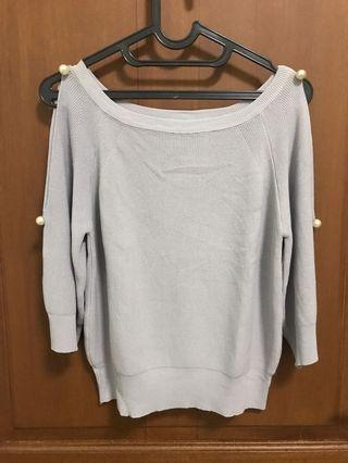 Pearly Knit Gray Top