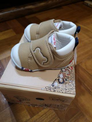 🚚 Brand new Baby Shoes