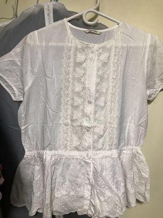 Lace Top 白色上衣