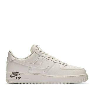 LOOKING FOR NIKE AIR FORCE 1