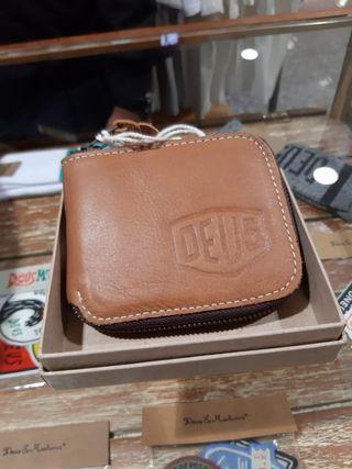 Deus Leather Wallet
