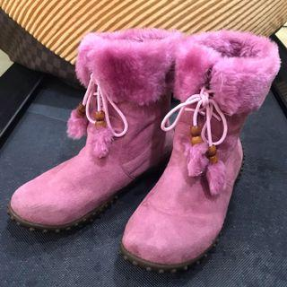 Preloved Pink Fluffy Winter Snow Boots
