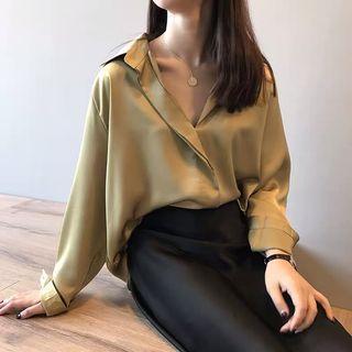 質感推薦!慵懶氣質光澤感絲綢緞面襯衫上衣 黑/香檳/秋香綠