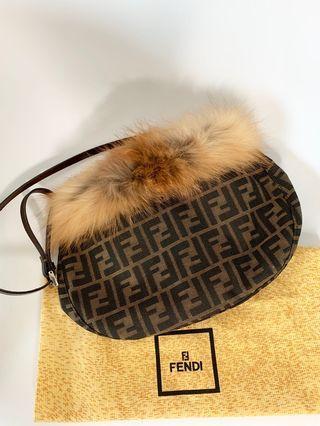 💯真品全新Auth brand new Fendi rare brown fluffy zucca FF logo crossbody bag handbag 網紅大熱極罕有款式啡色斜孭袋側孭袋手袋