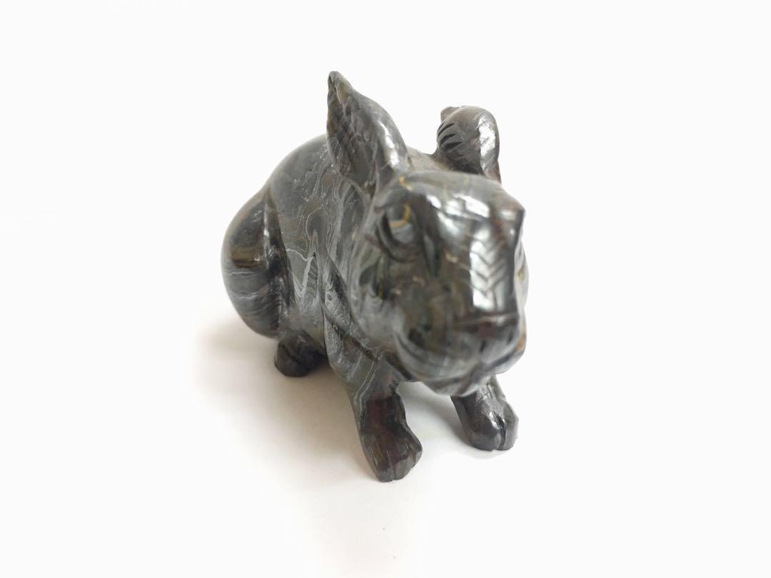 兔型天然石雕刻擺設一件 #MTRtst