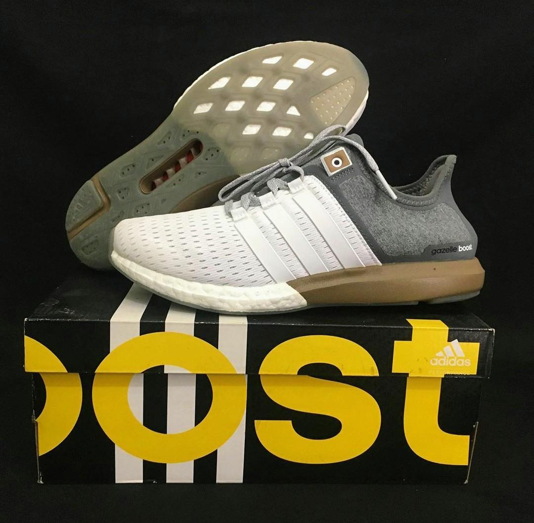 # Mauthr Adidas Gazelle Boost
