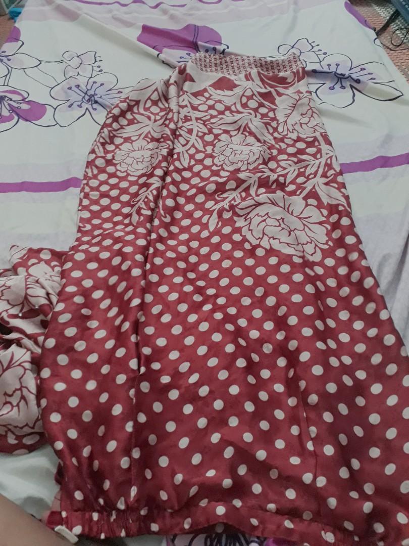 Baju Kurung Maroon Batik