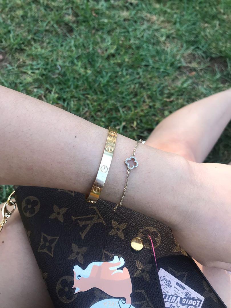 Beautiful delicate 9k 9ct solid yellow gold cute bracelet 16-18cm