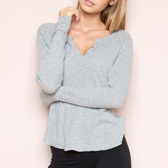 brandy melville button long sleeve