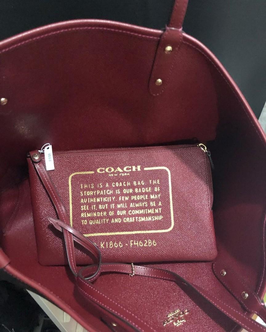 Coach Reversible Tote size 45/32x28 print Oxblood Cherry (bisa dipakai bolak balik)