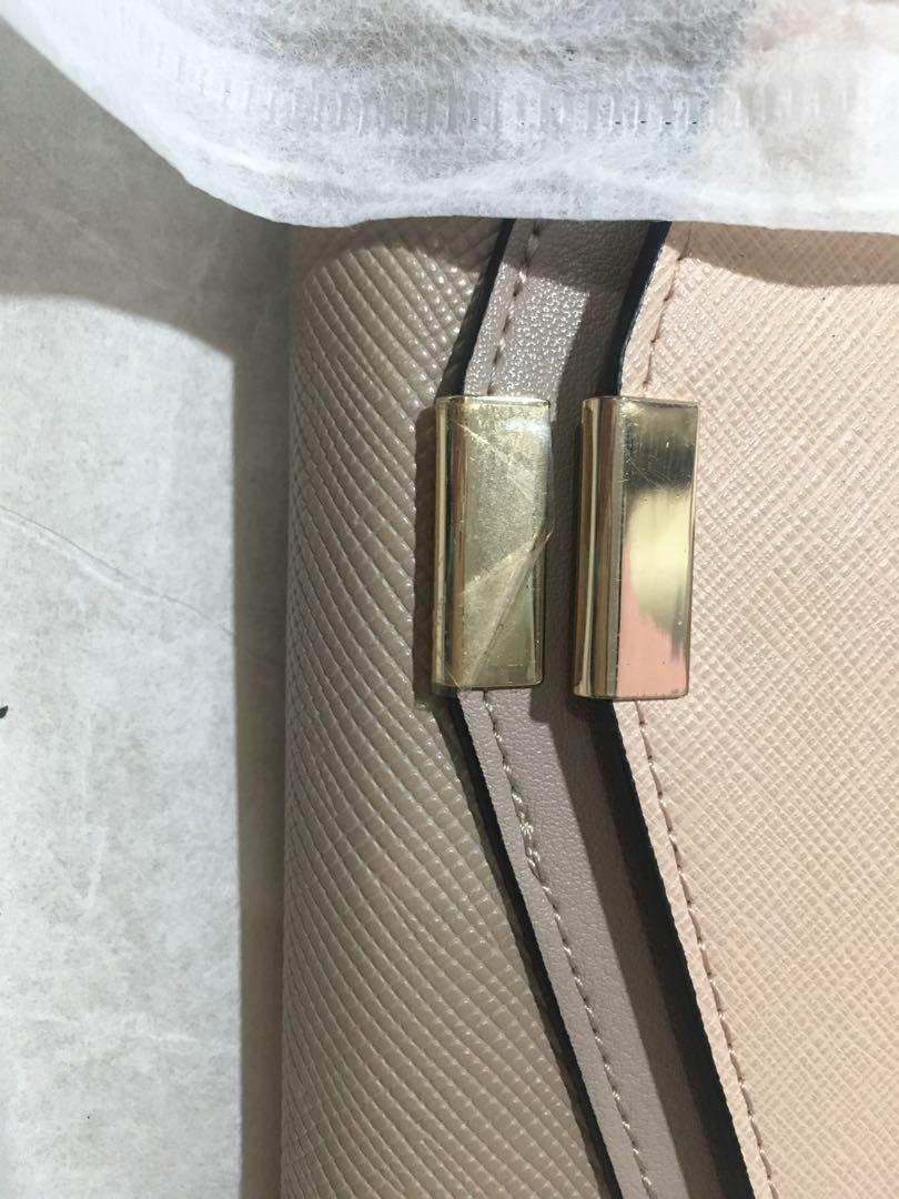Dompet Nude color brand Topman
