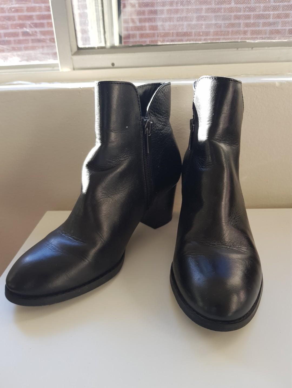Hush puppy boots