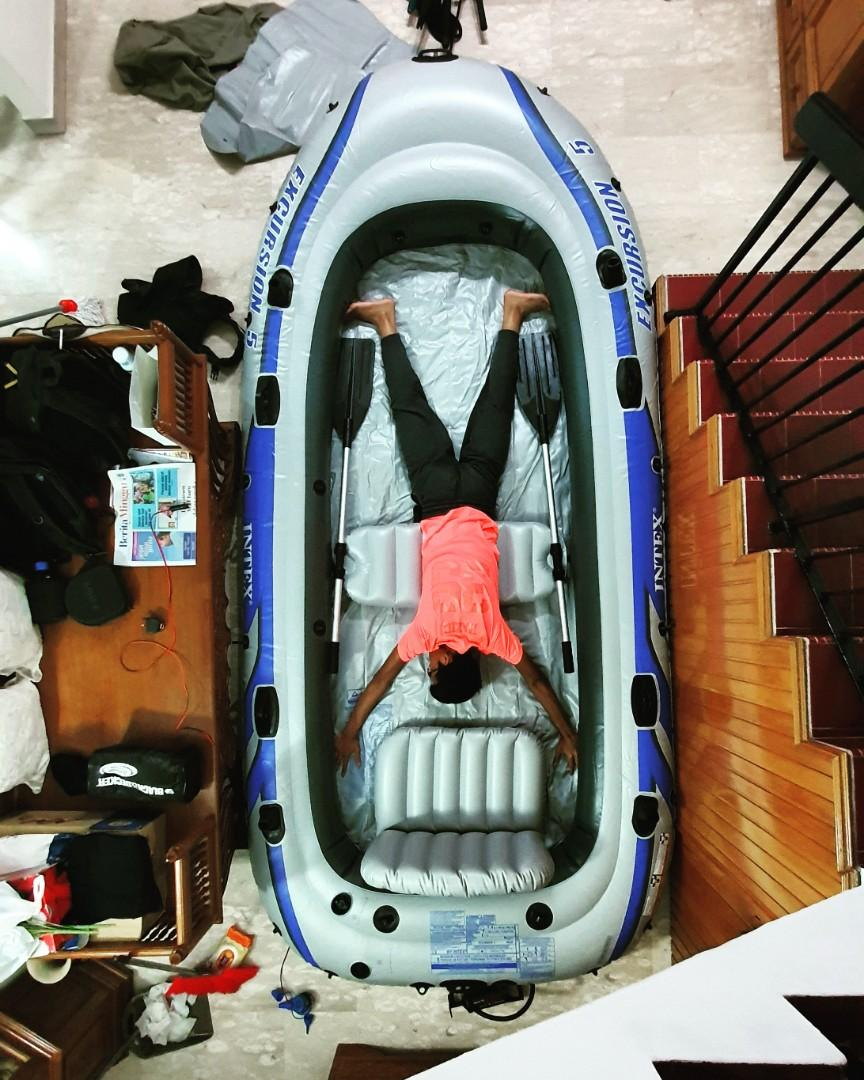 Intex Excursion 5 inflatable dinghy / boat, Sports, Sports