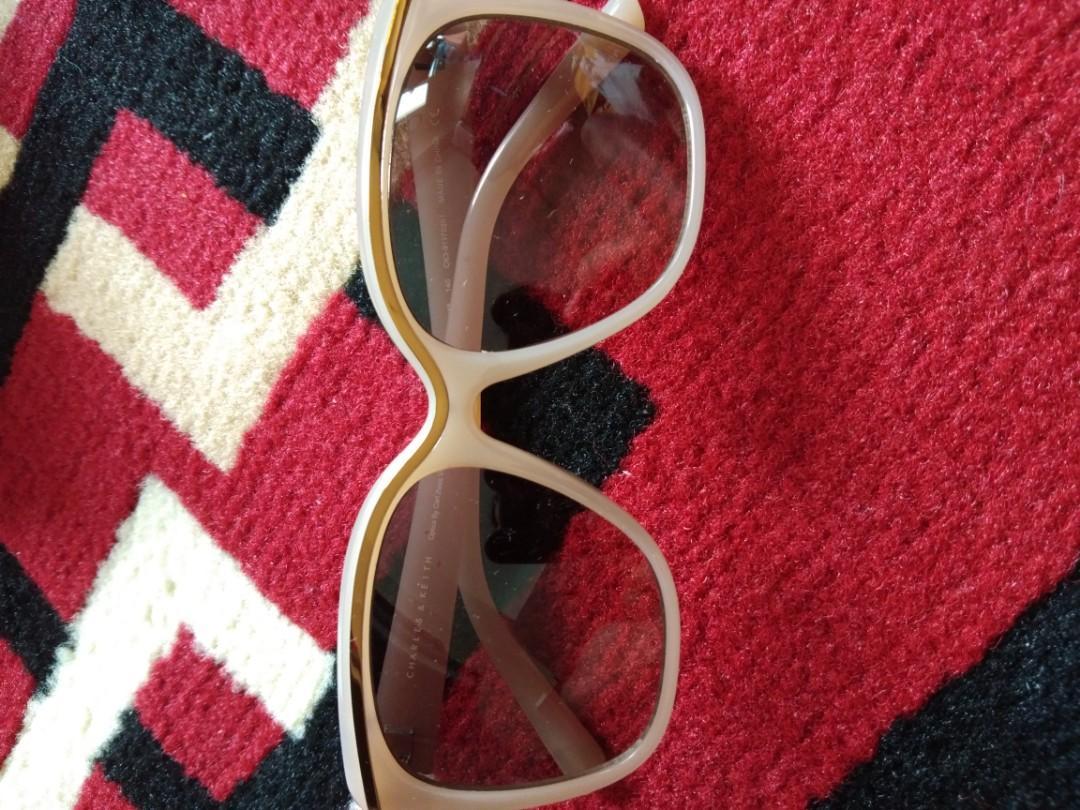 Kacamata charles keith