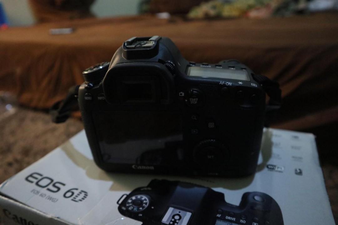 Kamera canon 6D wifi + youngno 50mm ban merah