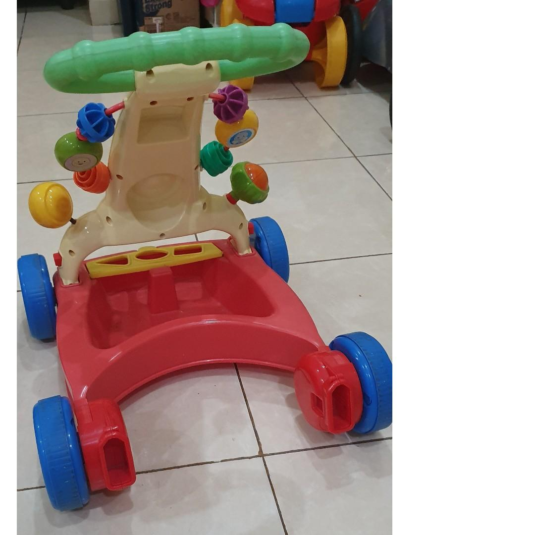 #mauthr baby walker Fisher Price