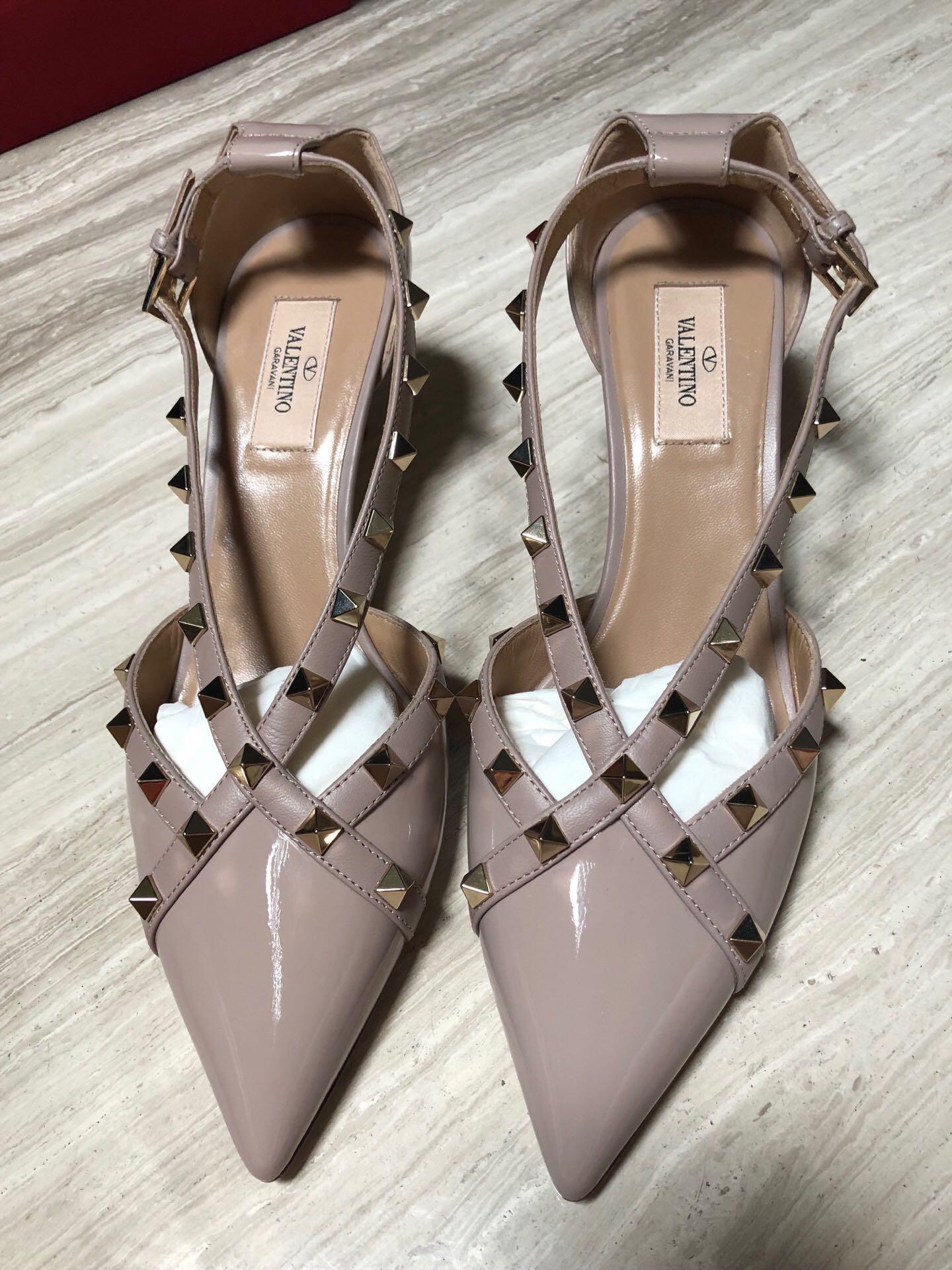 ottimi prezzi il più grande sconto nuovi oggetti NEW Valentino kitten heels nude size 38.5, Women's Fashion, Shoes ...