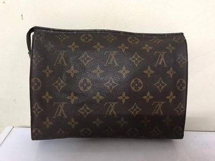 Authentic LV Clutch
