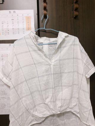 🚚 白色格紋短襯衫