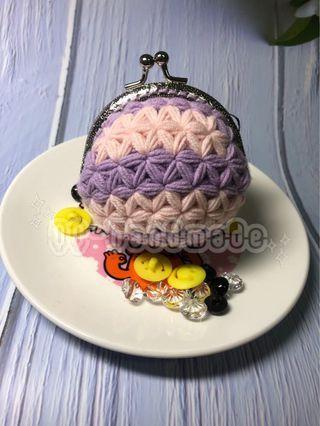 🚚 QQ 手作⭐️造型花紋 鉤針編織造型 大口金包 8.5cm