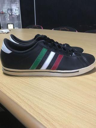 Adidas Le marque.