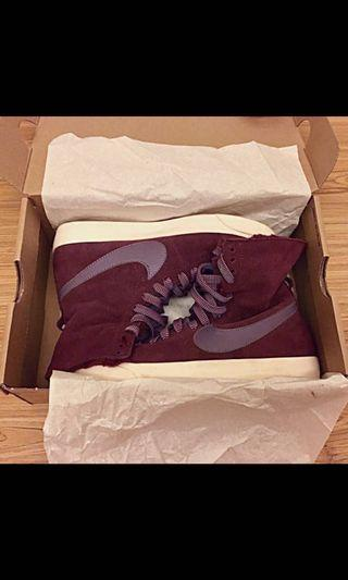 Nike shoes size 5