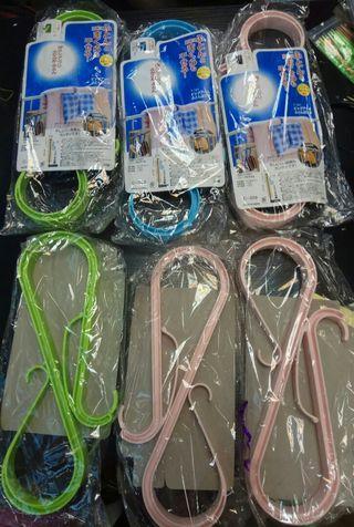 一套6個多功能曬被曬枕頭夾棉被固定架 (粉紅色/藍色/綠色)