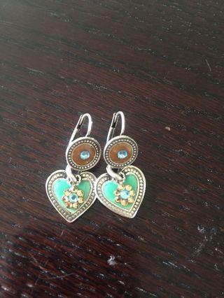 Pretty silver heart earrings