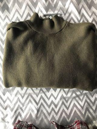 Thick green sweater H&M