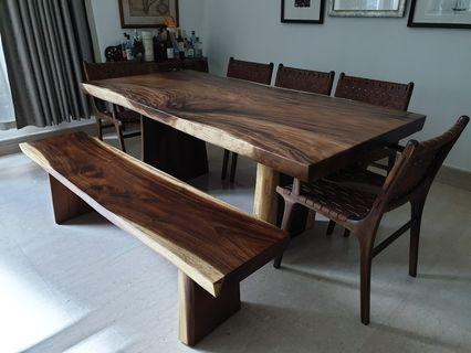 🚚 Suar wood table