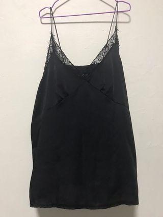 🚚 Black Lace Top